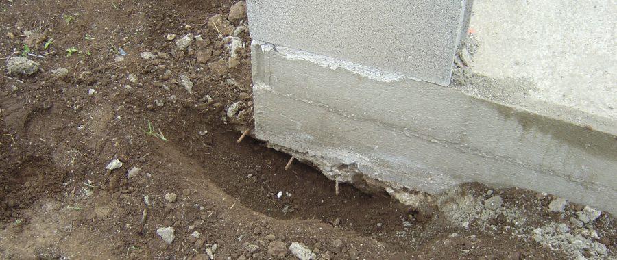 image prouvant l'absence de fondations sur une maison individuelle neuve
